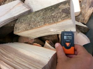 The average moisture level of our logs